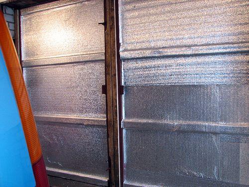3 способа утепления гаражных ворот