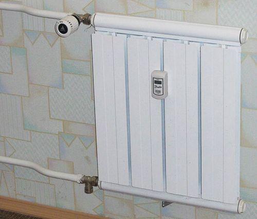 Автоматический регулятор температуры отопления для радиатора, как регулировать температуру батареи, примеры на фото и видео