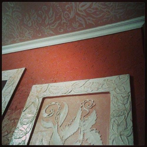 Барельеф на стене своими руками: фото, видео инструкция