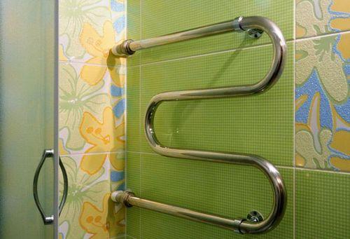 Батарея в ванной комнате: как называется радиатор, сушилка, змеевик, нужна ли батарея в ванной, установка