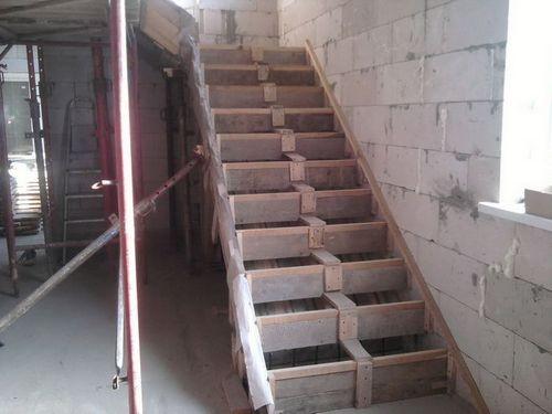 Бетонная лестница своими руками: фото, видео инструкция