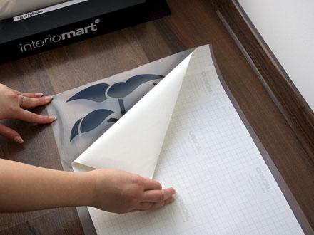 Декоративные наклейки для интерьера: индивидуальность вашего дома
