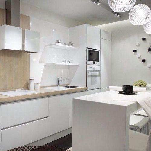 Дизайн белой кухни: 20 фото