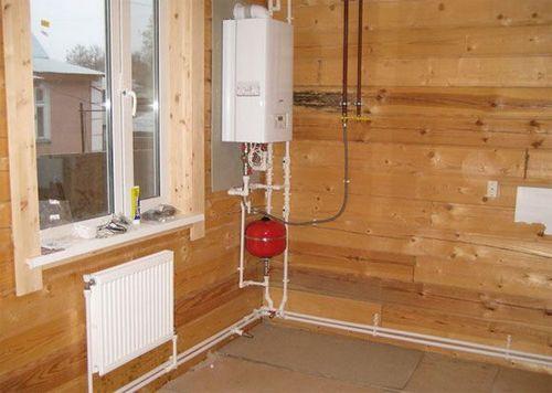 Газовое отопление в деревянном доме - основные характеристики и виды конструкций, смотрите фотографии и видео