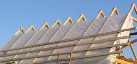 Гидроизоляция крыши своими руками: выбираем материал и способ нанесения