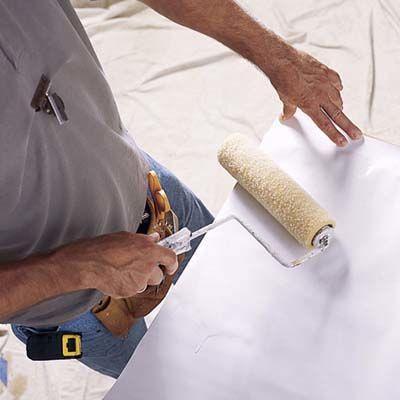 Как клеить виниловые обои на флизелиновой основе: фото, видео
