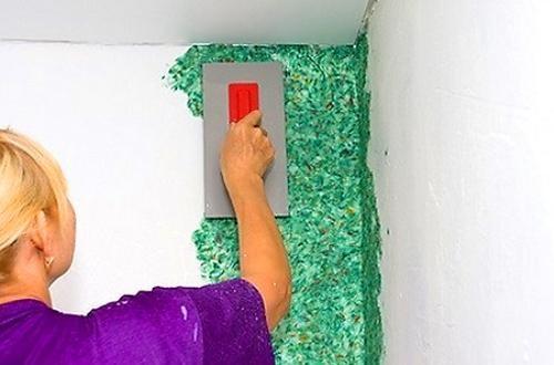 Как наклеить жидкие обои на стены правильно? (видео и фото)