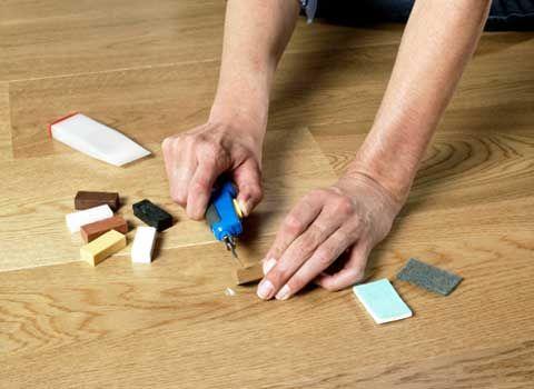Как отремонтировать ламинат: вздутие, сколы, маскировка щелей