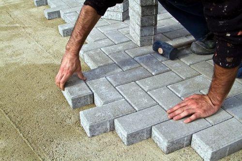 Как правильно положить тротуарную плитку своими руками