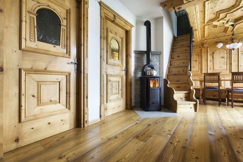 Как сделать черновой пол в деревянном доме по грунту и бетону?