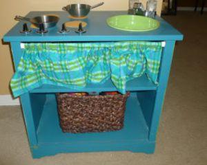 Как сделать детскую кухню своими руками из коробок, старой мебели или дерева   фото и видео