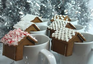 Как сделать рождественский домик своими руками: фото