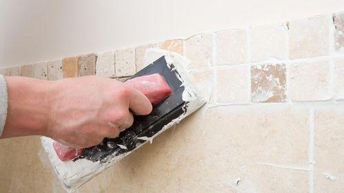 Как выбрать затирку для плитки в ванной: фото и видео обзор