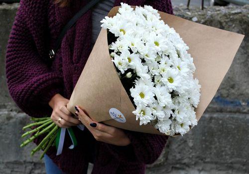 Какие цветы дарят женщинам на 8 марта: топ лучших с фото, видео
