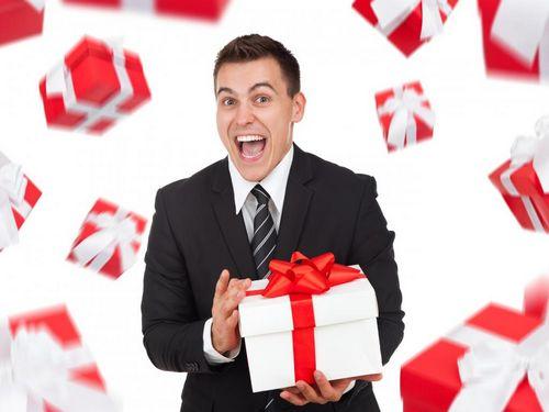 Какие подарки выбрать для мужчины на 23 февраля, видео инструкция