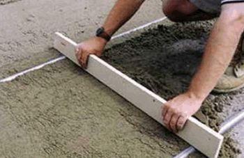 Маяки для стяжки пола: инструкция по установке своими руками