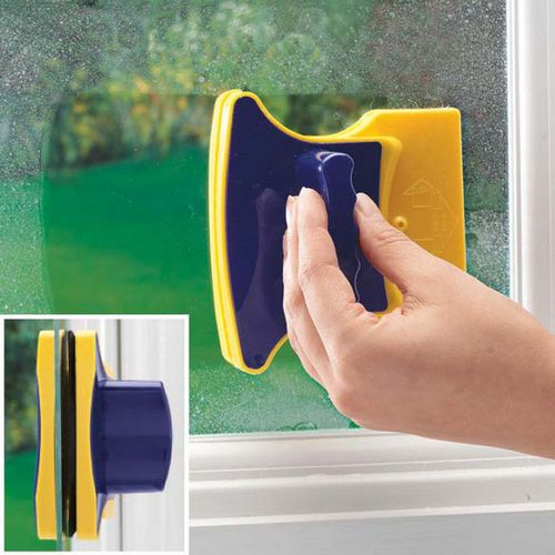 Мытье окон снаружи: приспособления, моющие средства, профилактика