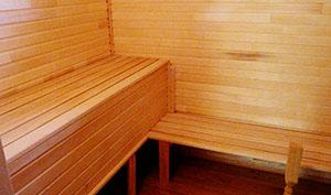 Отделка стен в бане деревянной вагонкой