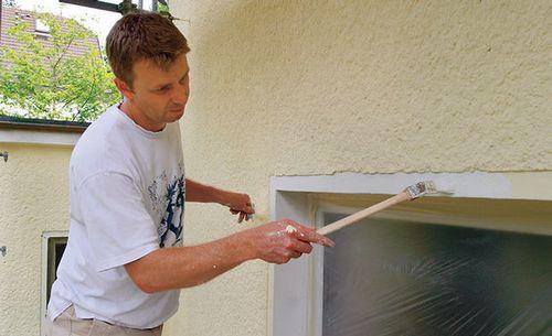 Покраска фасада дома своими руками: фото, видео инструкция