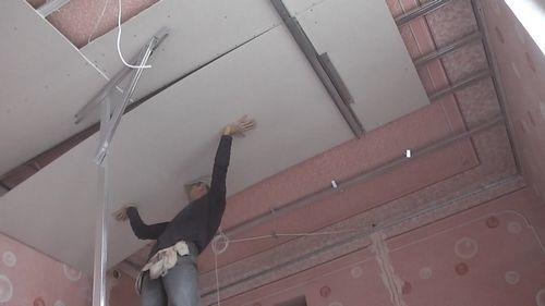 Потолок из гипсокартона своими руками: как сделать и монтаж, видео инструкция пошаговая