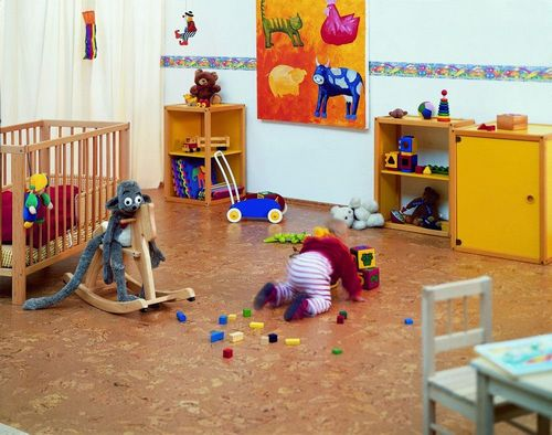 Пробковые полы в интерьере: примеры использования в квартире (фото)