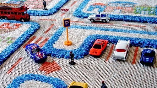 Развивающие детские ковры с дорогами фото: сюжеты, выбор и уход