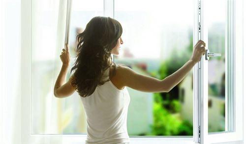 Способы избавления от плесени на стенах в квартире