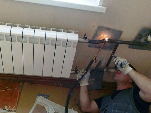 Сварка труб отопления: как варить отопление электросваркой в труднодоступных местах, как сварить пластиковые и металлические трубы, сварной шов