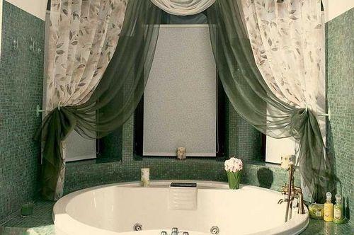 Тканевые шторы для ванны- особенности материала и правила крепления