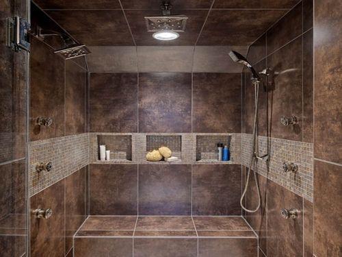 Укладка плитки на потолок керамической: как приклеить, отделка и монтаж своими руками