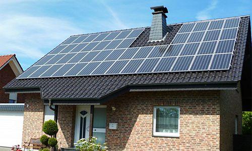 Установка солнечных батарей на крыше своими руками: материалы и инструменты, выбор угла наклона, схемы (фото и видео)