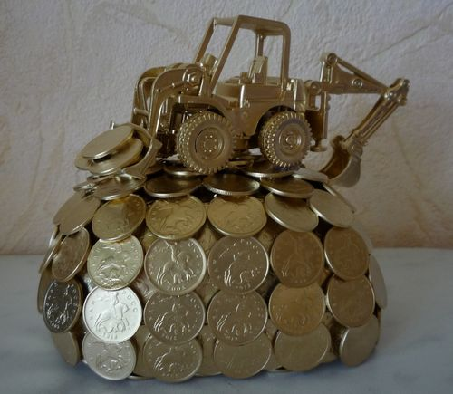 Увлекательные и изящные поделки из монет своими руками: фото