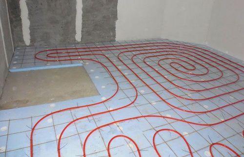 Водяной теплый пол в квартире своими руками: как сделать монтаж правильно, варианты устройства